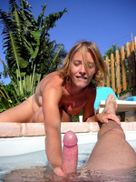 sunbathes amateur sex